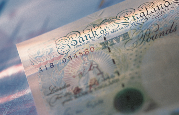 Money-Notes-Currency-GBP-700.jpg