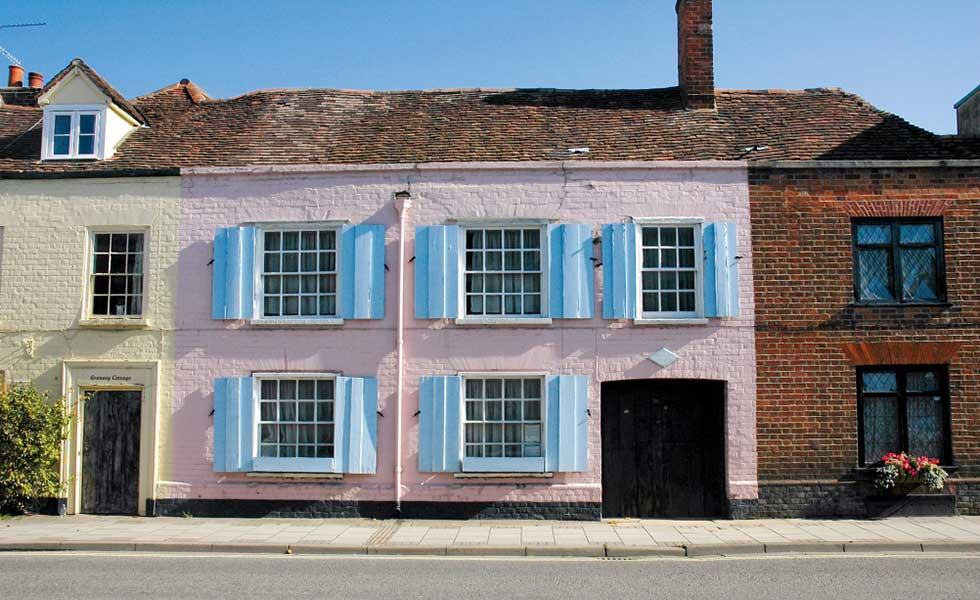 how to buy an old house