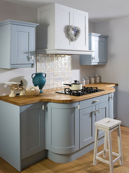 Crown Imperial Midsomer Shaker-style kitchen