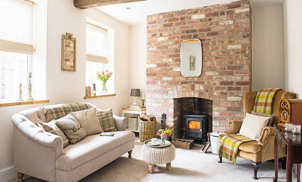 A Cosy Renovated Cottage Makes The Perfect First Home