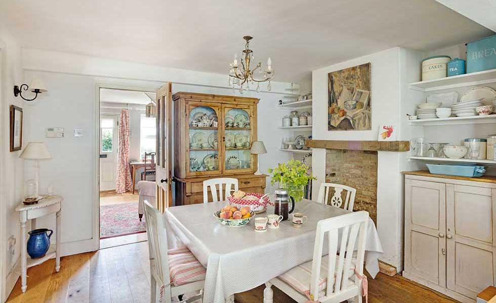 victorian cottage kitchen diner