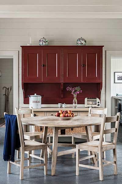 coastal cottage kitchen diner