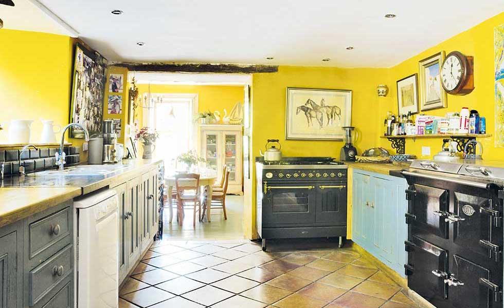Devon farmhouse kitchen diner