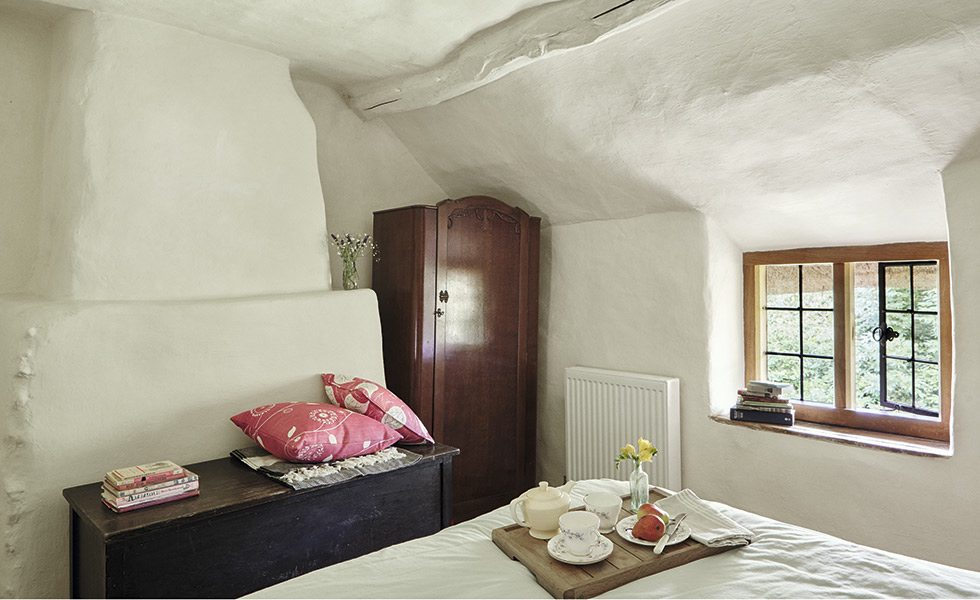 bedroom in a 17th-century cottage