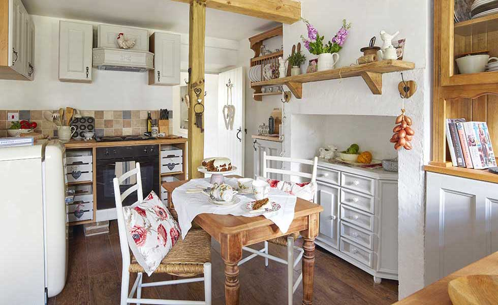 stone-cottage-filled-with-upcycled-finds