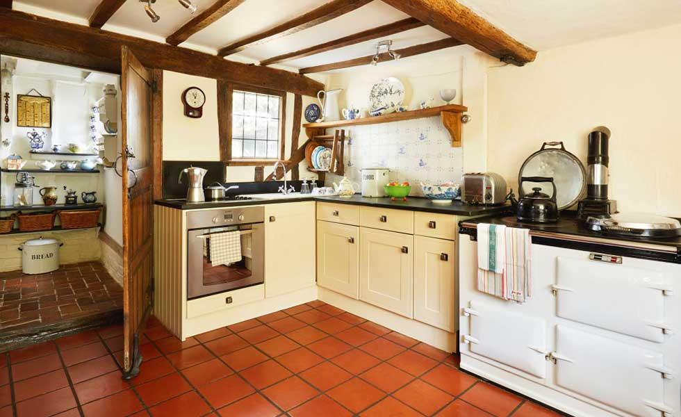 cottage country kitchen