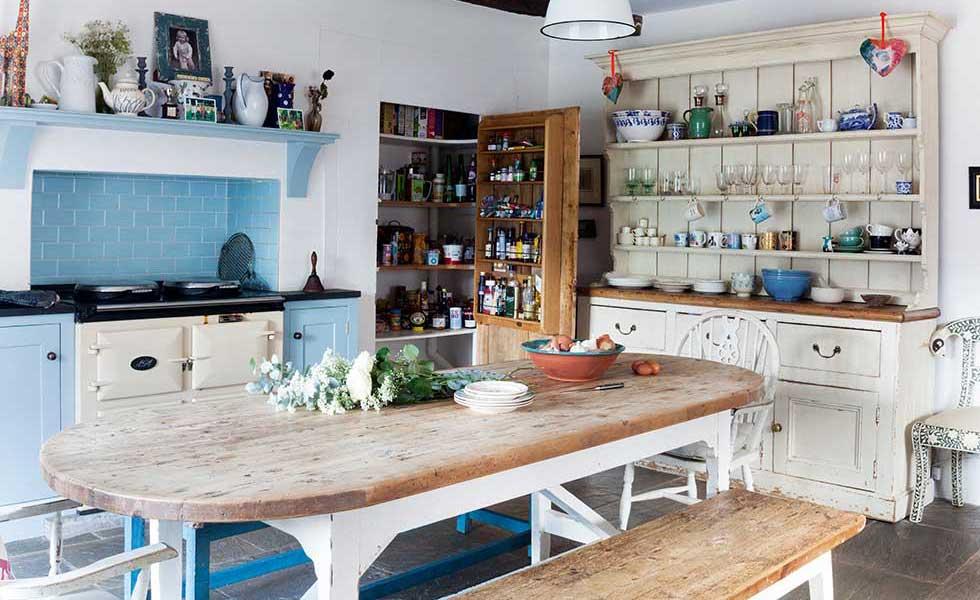 Georgian farmhouse country kitchen