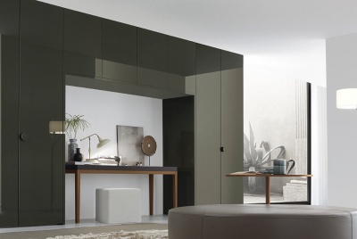 IQ Furniture can provide the ideal bespoke wardrobe to fit any space within your home
