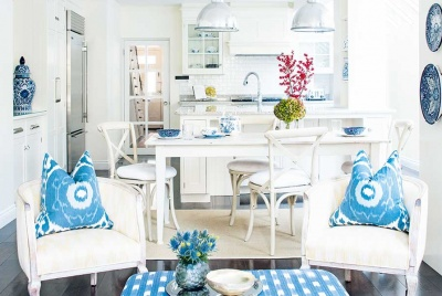 Amelia Carter open-plan coastal kitchen-diner