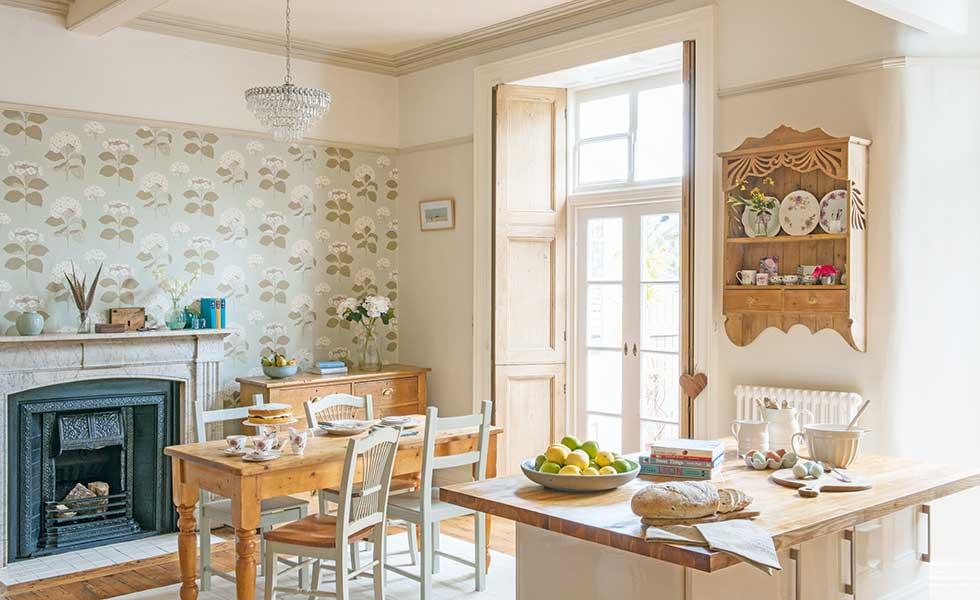 Open plan kitchen diner apartment