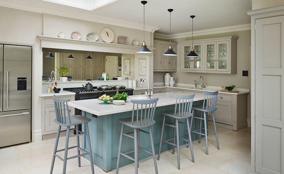 Martin Moore Bespoke Painted English Kitchen In Georgian Family Home Part 57