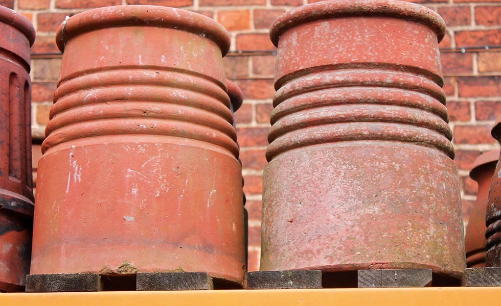 Stubby five-band reclaimed chimney pots