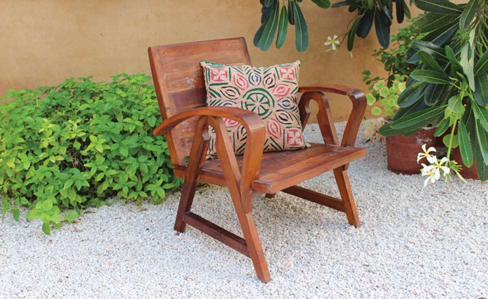 Trading boundaries indian furniture chair