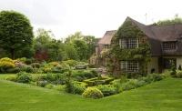 garden of arts & crafts house
