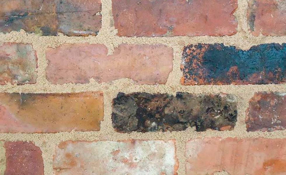Reclaimed cottage weathered bricks