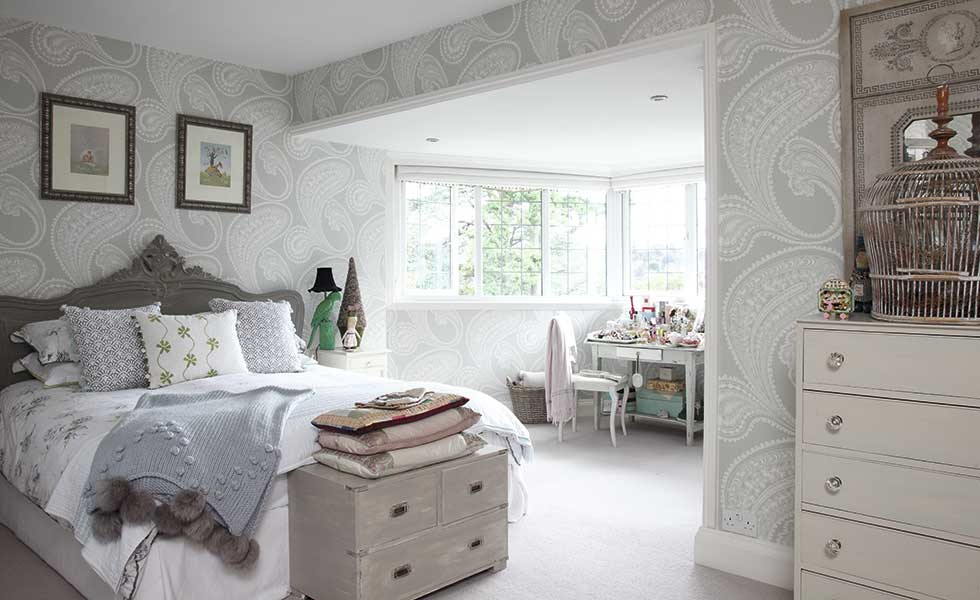 grand master bedroom in arts and crafts home