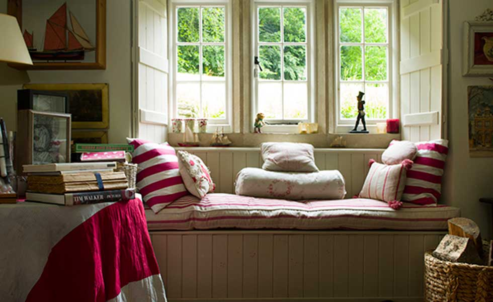 comfy window seat in snug