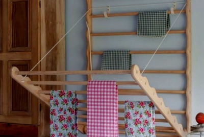 Julu laundry ladder gingham print tea towel pine
