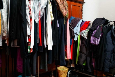 Declutter your messy wardrobe