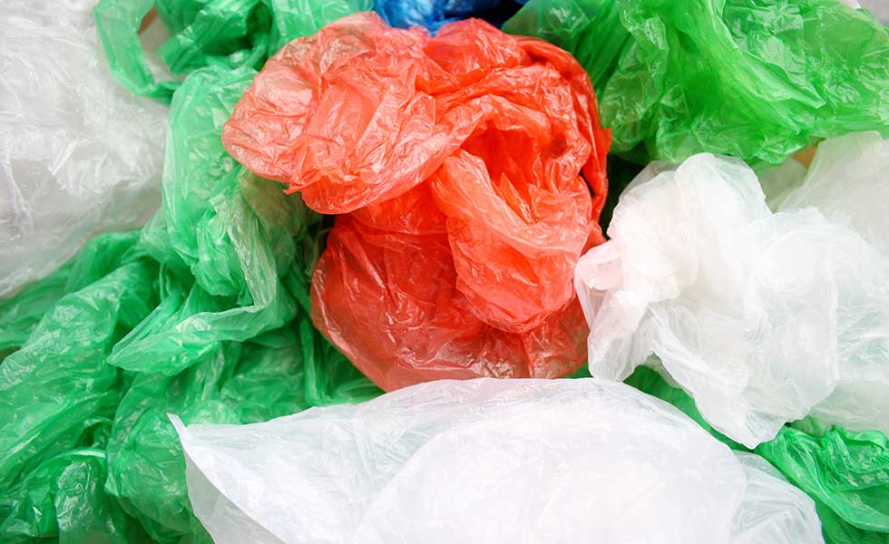 decluttering-plastic-bags