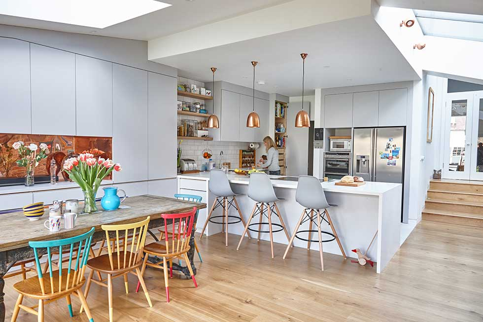Colourful kitchen-diner extension