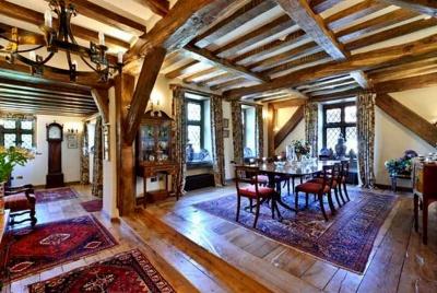 tradoak Reclaimed Oak Beams and Flooring
