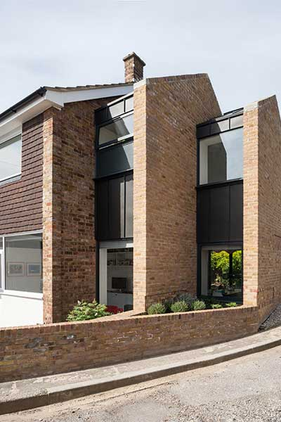 Compact two-storey extension
