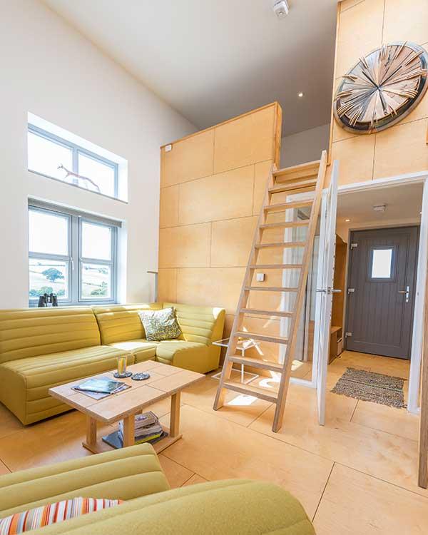 wooden_ladder_in_livingroom