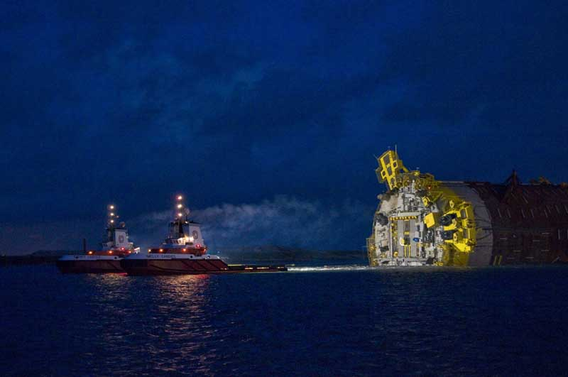 Building Perdido - the world's deepest floating oil platform The