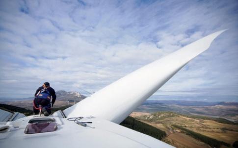Working on turbine