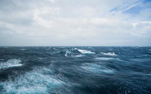 31-32 stormy sea.jpg