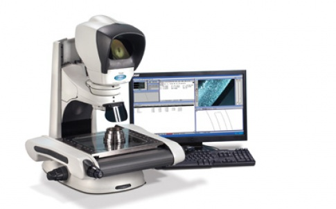 The Hawk high-magnification microscope is designed for the manual inspection of wafers for solar cells