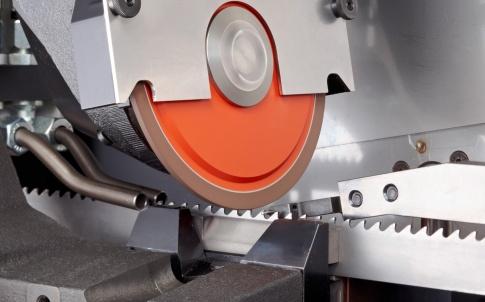 The CB 200 can grind the tooth faces and tops for carbide-tipped bandsaws for metal machining