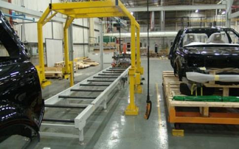 Vehicle transfer sling and pallet