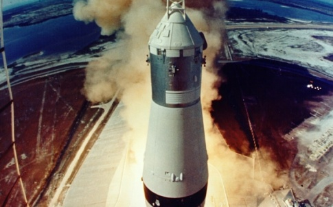 /c/p/g/Apollo11rocket.jpg