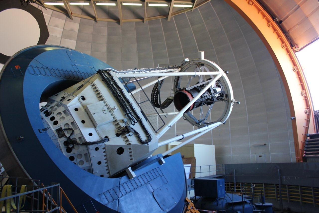 /e/r/t/Victor_Blanco_telescope.jpg