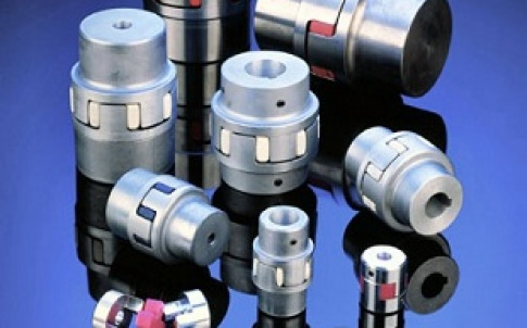 Curved jaw couplings