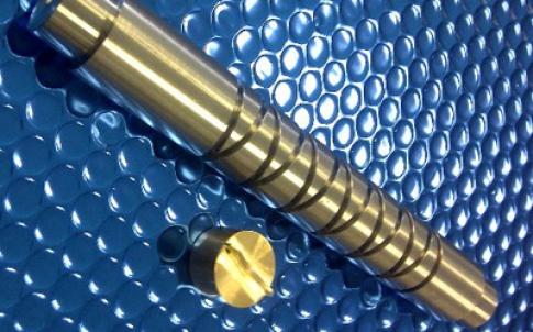 Self-reversing machined screw