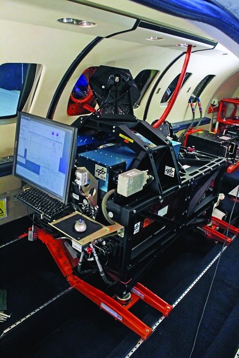 /n/i/v/TE_DLR_aircraft_laser.jpg