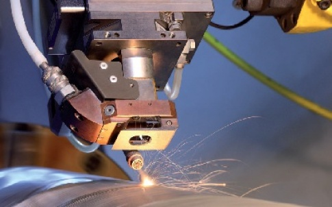 Laser cladding using an off-axis nozzle