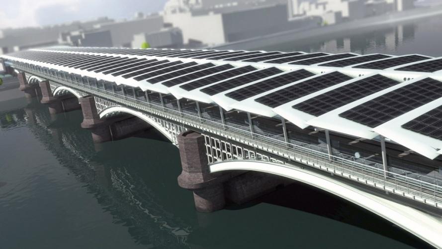 /u/b/g/Solar_Century_Blackfriars_Bridge.jpg