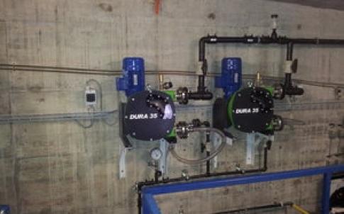 Verderflex Dura 35 peristaltic hose pump