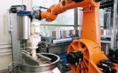 KUKA KR 125 robot