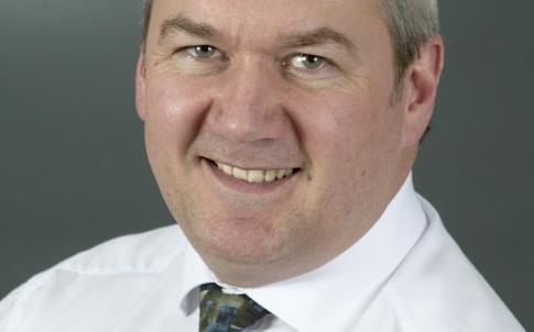 Neil Lewin