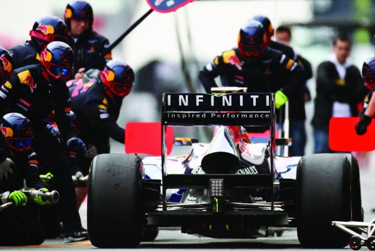 /s/w/k/Infiniti_Red_Bull_motor_sport_racing_F1.jpg