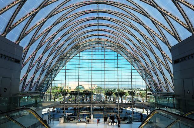Anaheim Regional Transportation Intermodal Center (ARTIC), Anaheim USA (by Thornton Tomasetti)