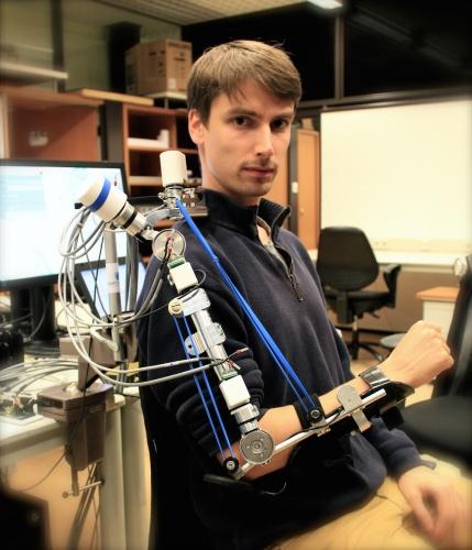 The A-Gear robotic arm