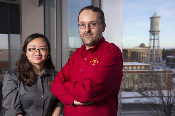 Zengyi Shao and Jean-Philippe Tessonnier (Credit: Christopher Gannon/Iowa State University)
