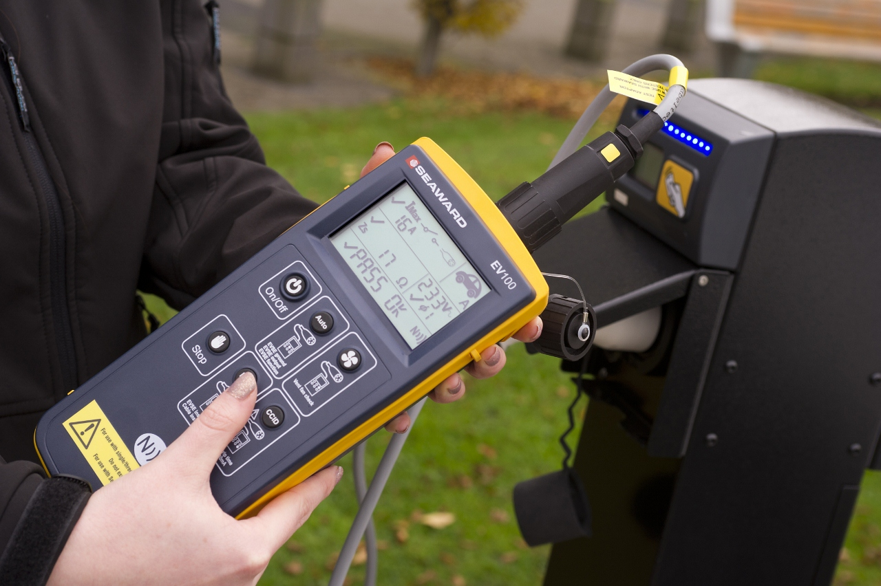 Electronics Tester Salary : Ev test instruments help fault finding on ac electric