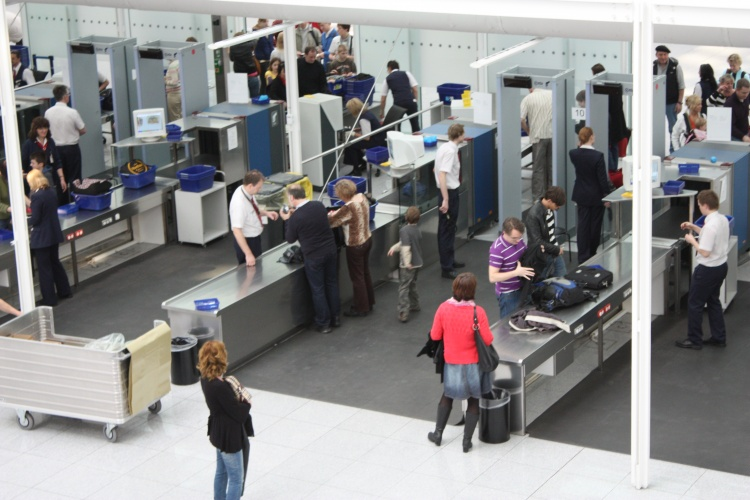 The technology has the potential to speed up security checks at airports. (Credit: Politikaner via CC)